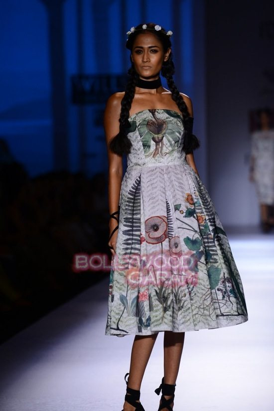 Paras and Shalini Geisha Designs WIFW 2015-0