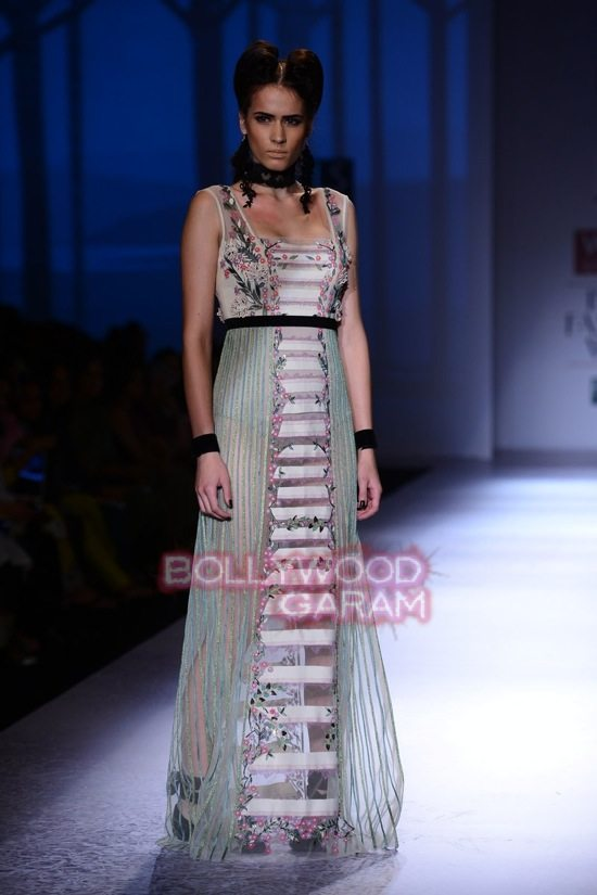 Paras Shalini Geisha Designs WIFW 2015-12