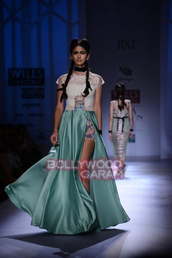Paras and Shalini Geisha Designs WIFW 2015-13