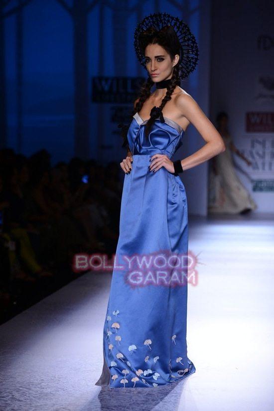 Paras Shalini Geisha Designs WIFW 2015-15