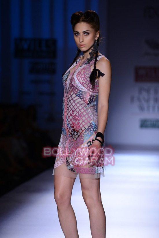 Paras Shalini Geisha Designs WIFW 2015-2