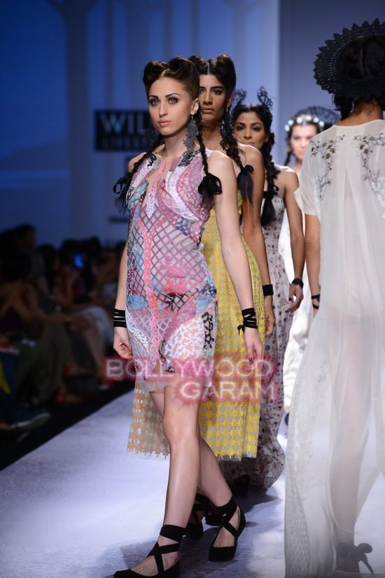 Paras Shalini Geisha Designs WIFW 2015-22