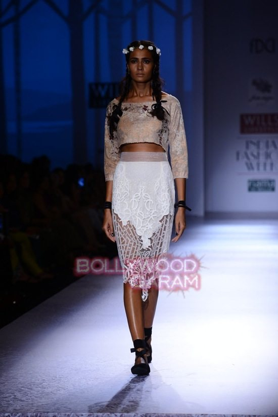 Paras and Shalini Geisha Designs WIFW 2015-5