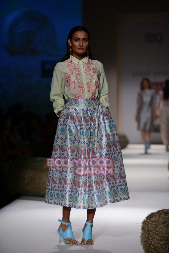 Payal Pratap_WIFW 2015_collection-1