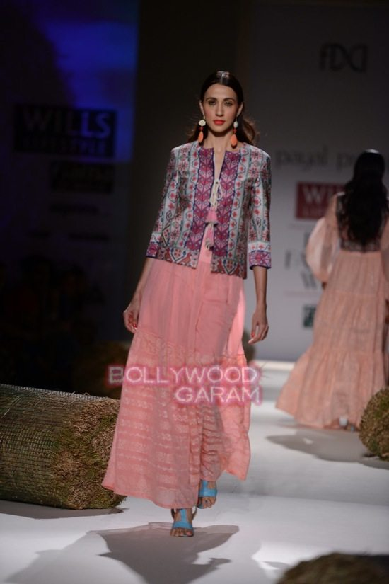Payal P_WIFW 2015_collection-16
