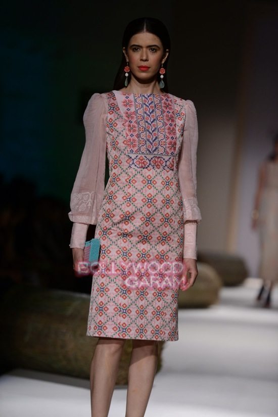 Payal P_WIFW 2015_collection-17