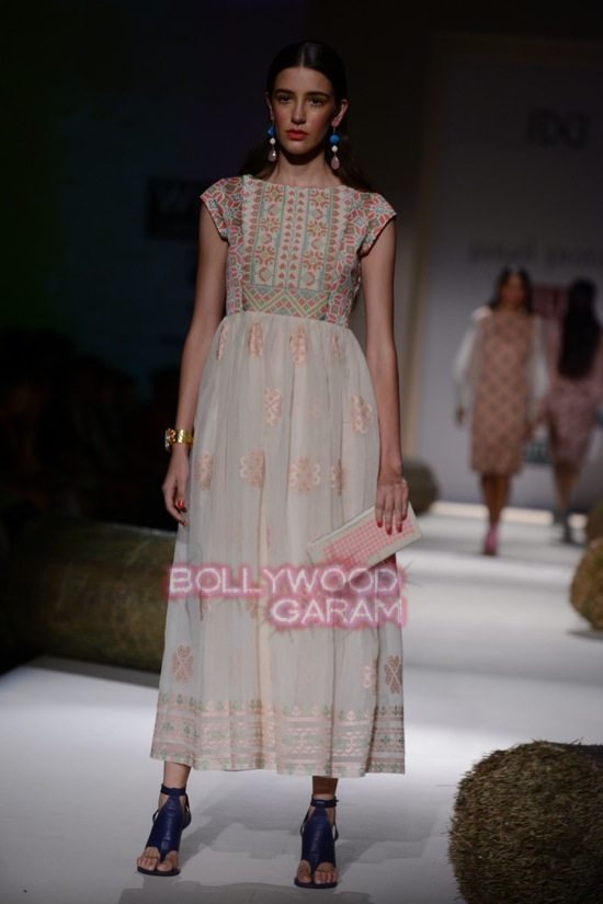 Payal P_WIFW 2015_collection-18