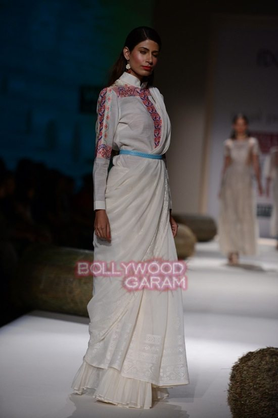 Payal Pratap_WIFW 2015_collection-21