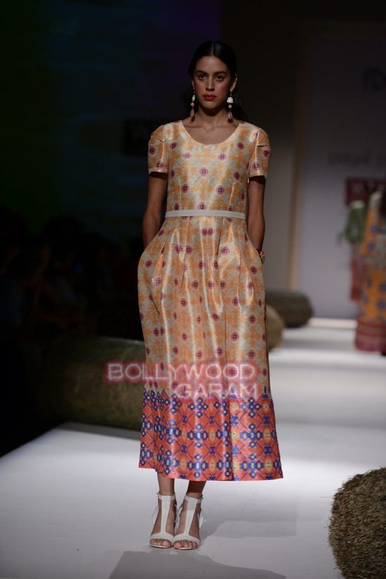 Payal P_WIFW 2015_collection-5