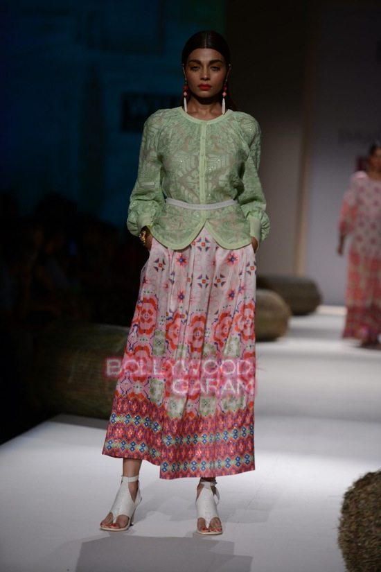 Payal P_WIFW 2015_collection-6
