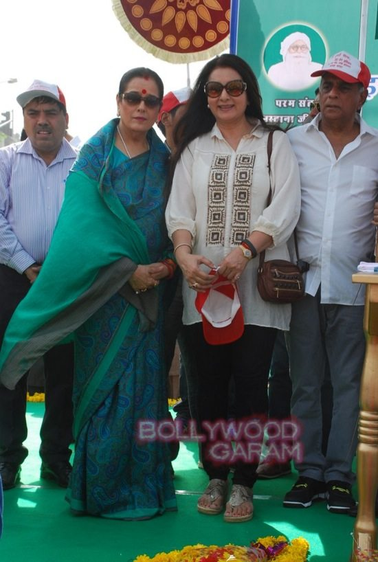 Poonam dhillon and sinha_mega cleanliness drive_Mumbai-4