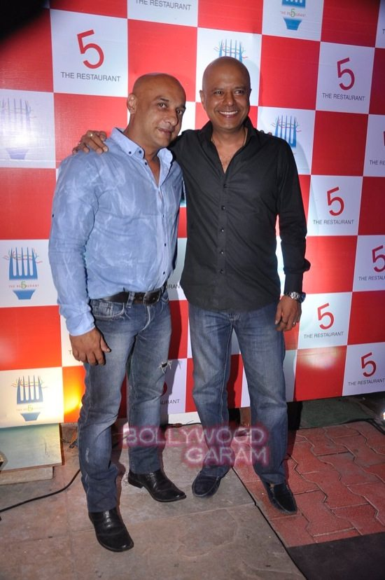 Preeti Jhangiani and Pravin dabas_5 restaurant launch-3