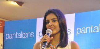 Priya Anand launches Pantaloons Store in Mumbai