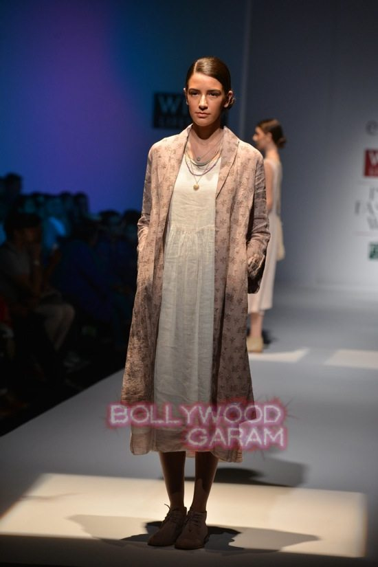 RIna S_Eka_WIFW 2015 collection-14