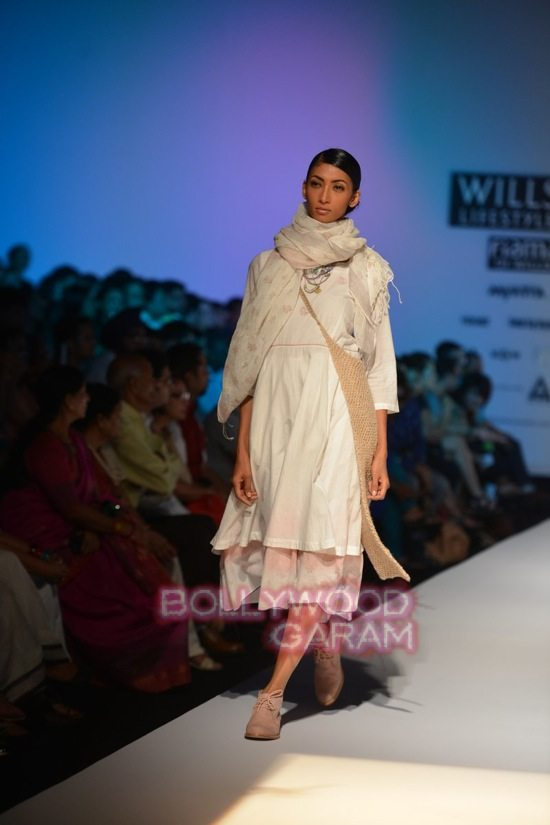 RIna S_Eka_WIFW 2015 collection-16