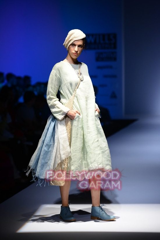 RIna Singh_Eka_WIFW 2015 collection-3