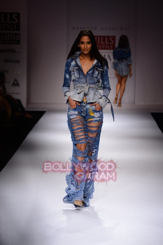Raakesh Agarvwal_WIFW 2015 denim wear-3