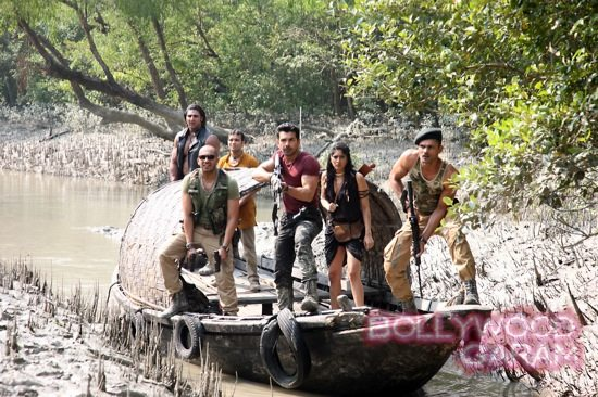Roar-Tigers of the Sunderbans -1
