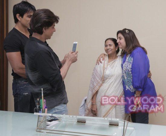 SRK Mamata Banerjee HNY-3