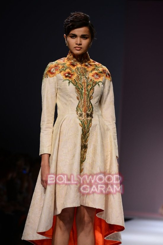 Samant C_Wifw 2015 Rajputana collection-10