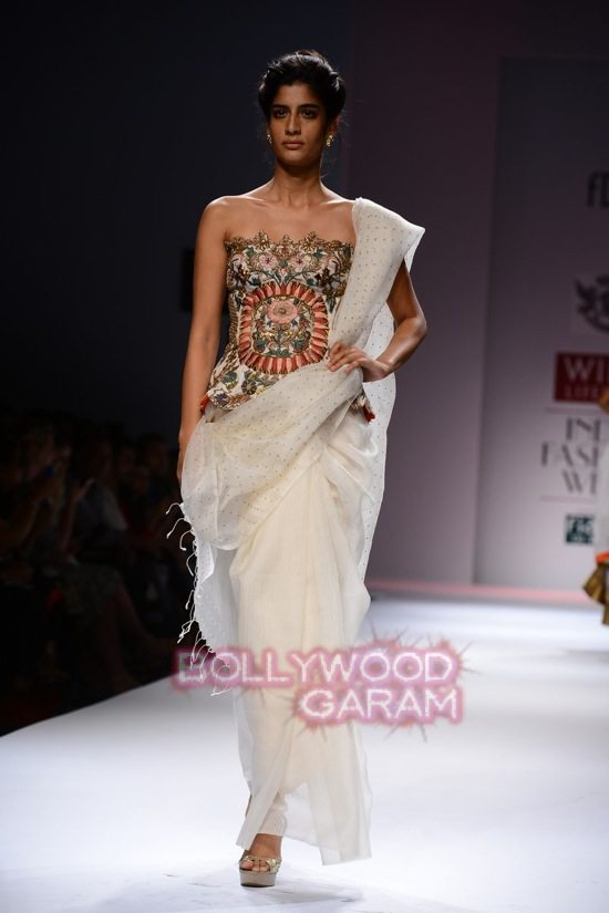 Samant C_Wifw 2015 Rajputana collection-15