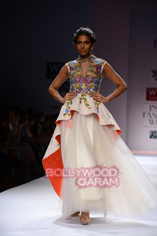 Samant C_Wifw 2015 Rajputana collection-19