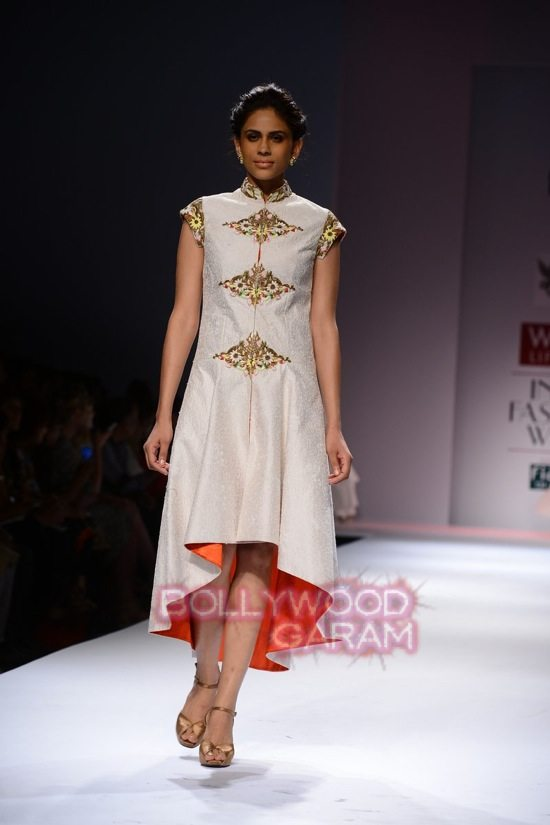 Samant C_Wifw 2015 Rajputana collection-20