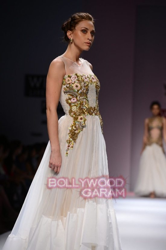 Samant C_Wifw 2015 Rajputana collection-21