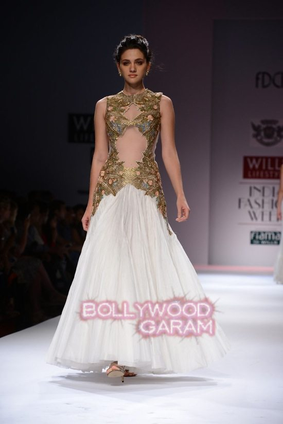 Samant C_Wifw 2015 Rajputana collection-22