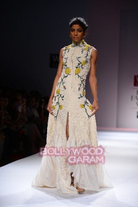 Samant C_Wifw 2015 Rajputana collection-24