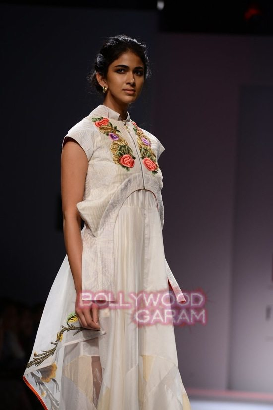 Samant C_Wifw 2015 Rajputana collection-6