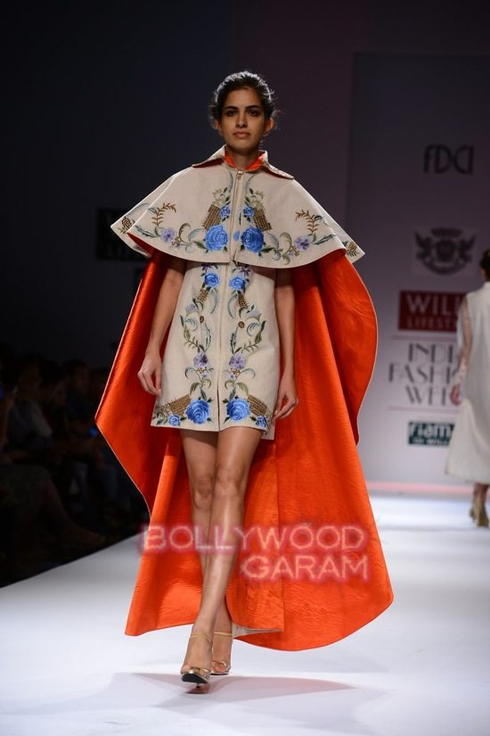 Samant C_Wifw 2015 Rajputana collection-8
