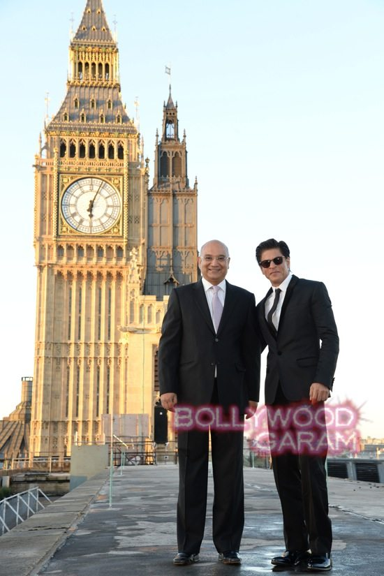 Shahrukh receives Global Diversity Award