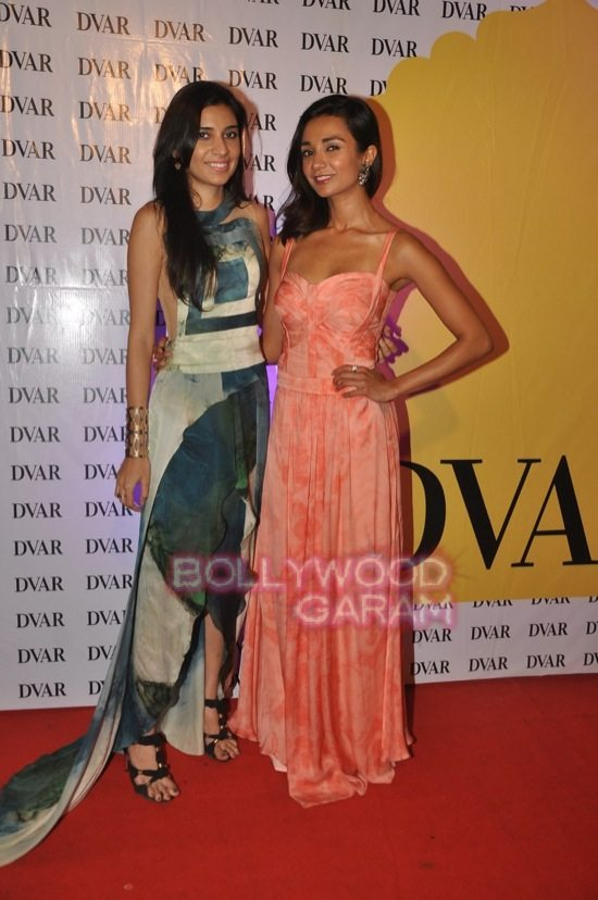 Shazahn and Ira Dubey attend Soniya VEMB preview.-2