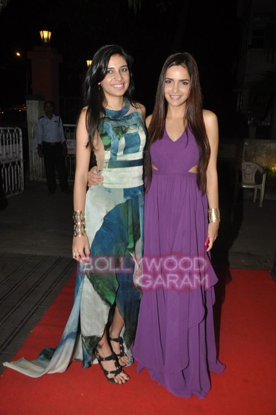 Shazahn and Ira Dubey attend Soniya VEMB preview.-6