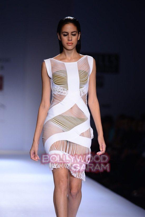 Shivan_Naresh beach wear WIFW 2015-7