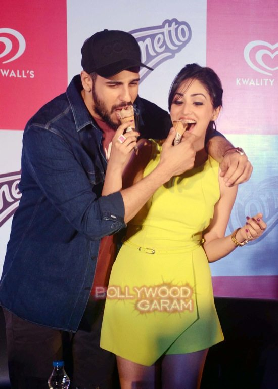 Sidharth and Yami at Cornetto event-3