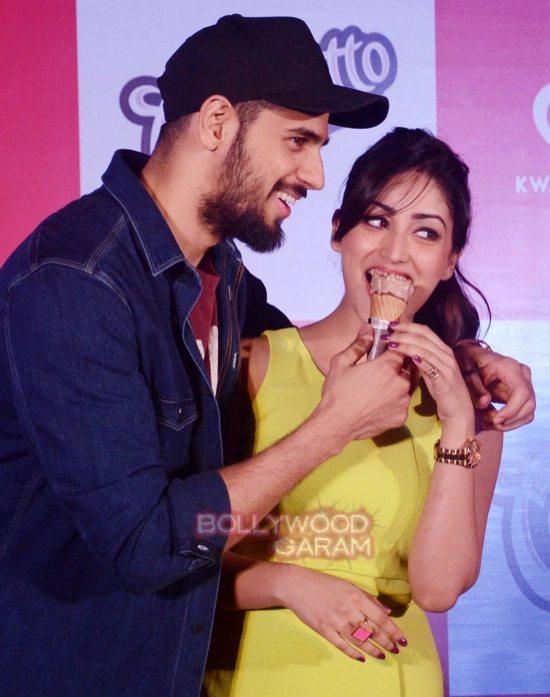 Sidharth Malhotra and Yami Gautam at Cornetto event-4