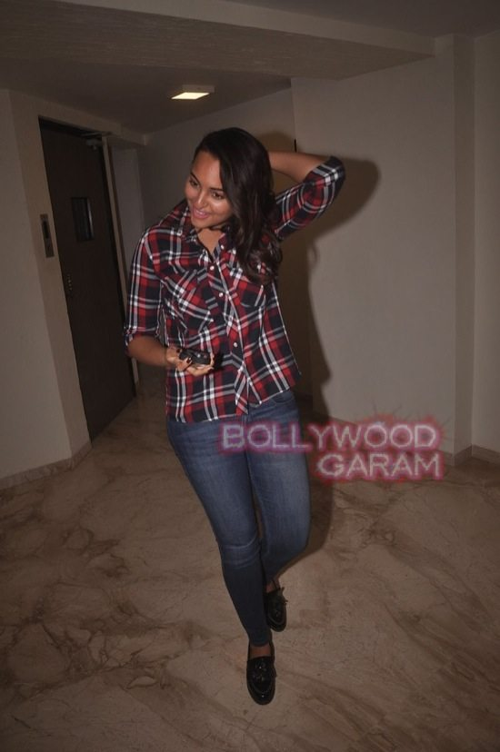 Sonakshi SInha_Sonali Cable screening-11
