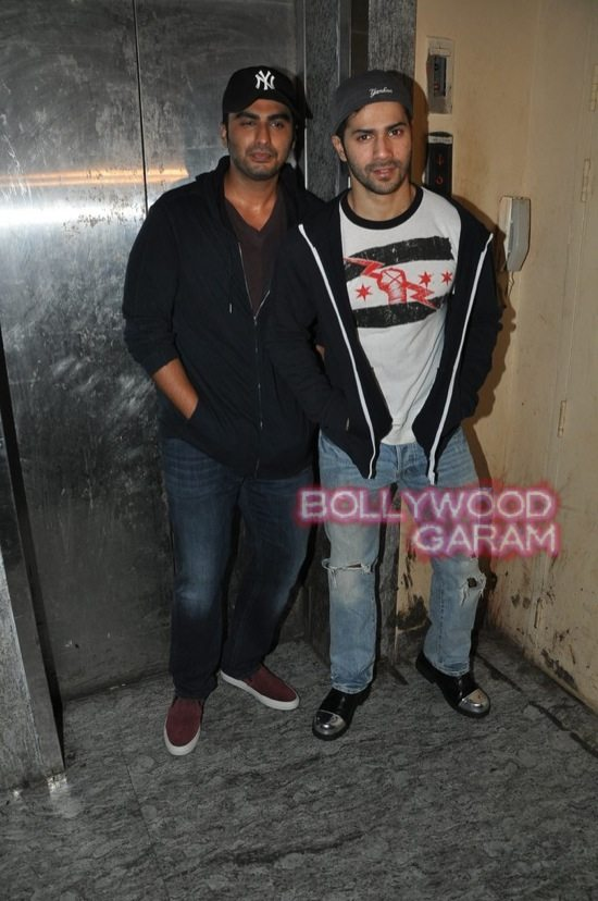Stars at Haider and Bang Bang show-11