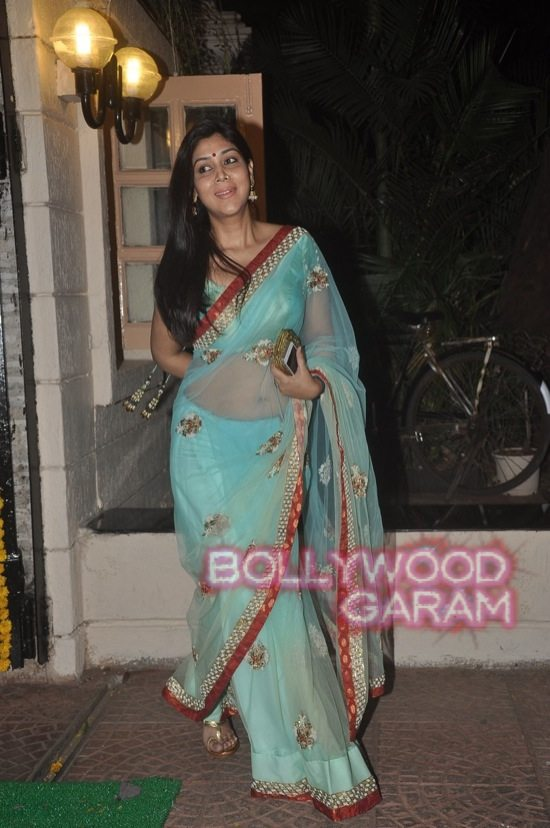Stars at diwali bash ekta kapoor-16