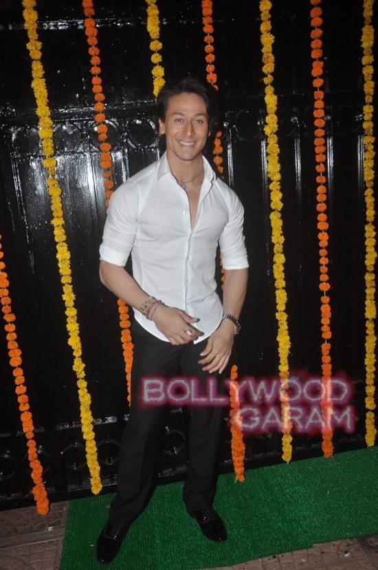 Stars at diwali bash ekta kapoor-4