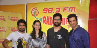 Sharman Joshi and Shweta Kumar promote Super Nani at Radio Mirchi