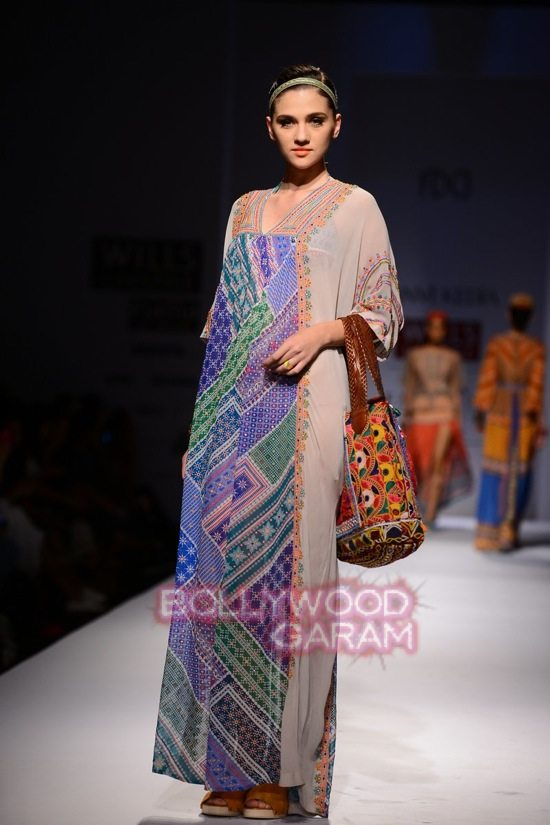 Tanvi K WIFW 2015 collection-13