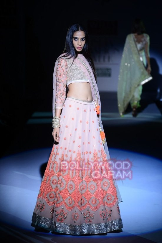 Vineet B_WIFW 2015 collection karva chauth-12