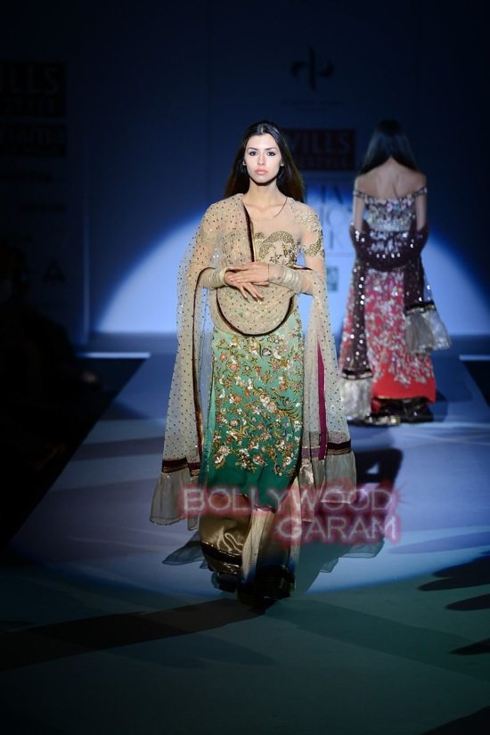 Vineet B_WIFW 2015 collection karva chauth-20
