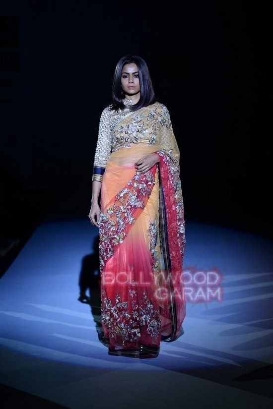 Vineet B_WIFW 2015 collection karva chauth-21
