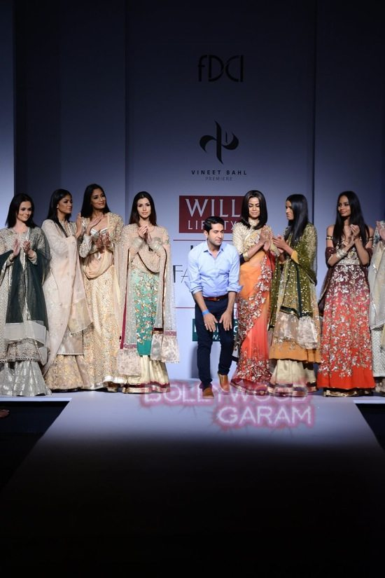 Vineet B_WIFW 2015 collection karva chauth-24