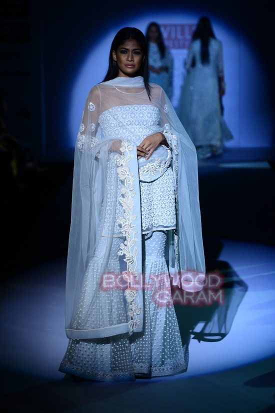 Vineet B_WIFW 2015 collection karva chauth-4