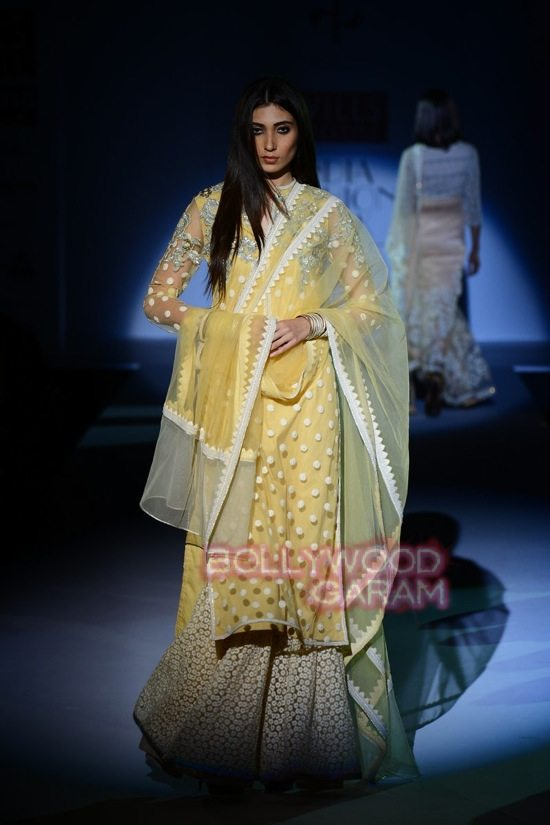 Vineet B_WIFW 2015 collection karva chauth-8
